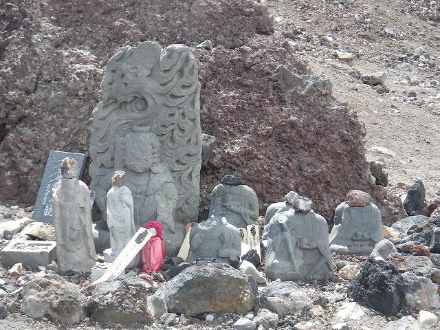 廃仏毀釈により破壊された仏像