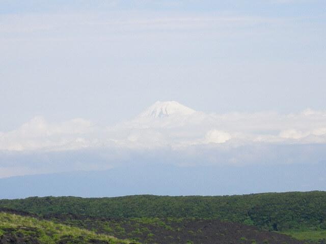 伊豆大島から見える富士山