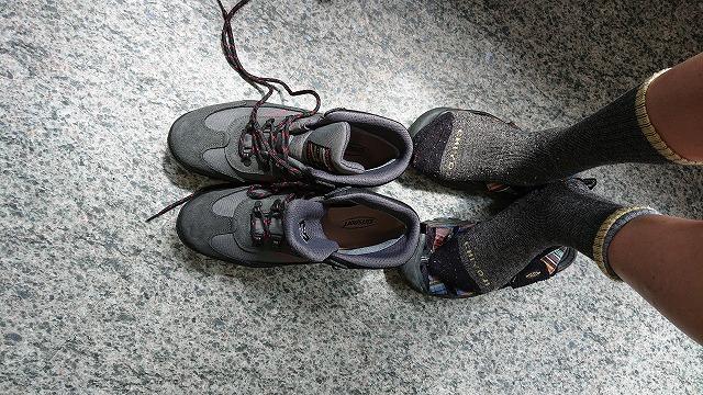 やまどうぐレンタル屋 河口湖店で登山靴試着