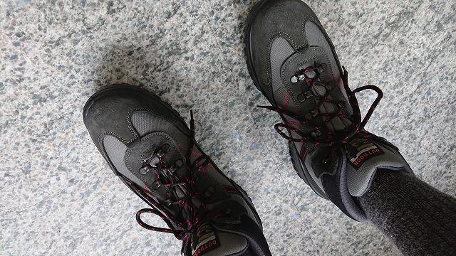 やまどうぐレンタル屋 登山靴 試着