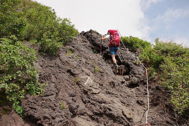 須走ルート登山道:本六合目から七合目へ