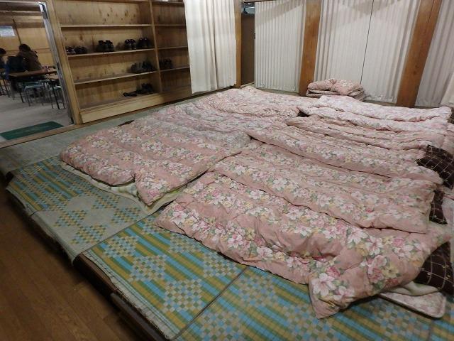頂上富士館 寝室 布団