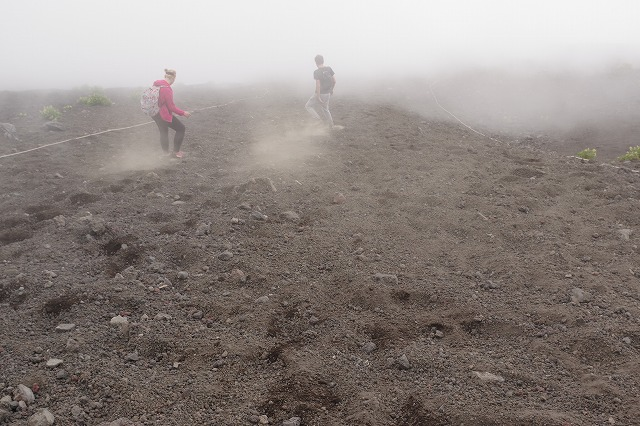 須走ルートの登山道の写真81
